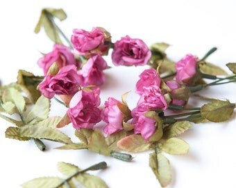 15 Mini Victorian Sweetheart Roses and Rose Leaves in Pink Mauve -- MINIATURE Sweetheart Artificial Roses - ITEM 073