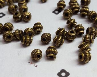 4.5x5mm Antiqued bronze round pumpkin round bead (50)