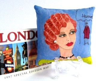 LONDON LADIES MAGGIE, hand painted pillow, London, Harrods, pistachio green, French blue, decorative pillow, gift for her, fashion quote,