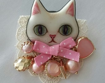 Fantasy Cat Kawaii Harajuku Cute Mascot Brooch