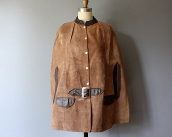 70s suede poncho / brown leather mod poncho / hippie button up sueded poncho