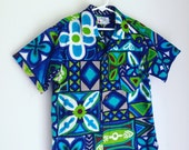 Vintage boys tiki shirt Hawaiian print size 8 and 10