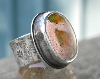 Fire Opal Ring with flowers - Distressed Sterling Silver Mexican Fire Opal ring - US size 7 - silver Mexican Boulder Opal ring