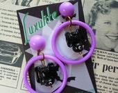 Halloween hoops!  1940s 50s style novelty halloween Bat earrings by Luxulite