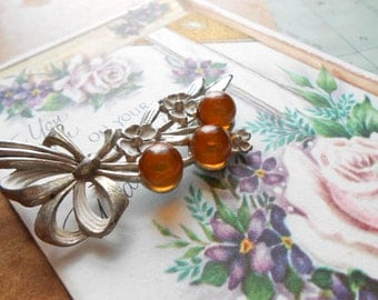 orange floral flower bouquet pot metal brooch - vintage antique costume jewelry