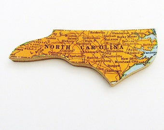 1940s North Carolina Brooch - Pin / Unique Wearable History Gift Idea / Upcycled Vintage Wood Jewelry / Timeless Gift Under 25