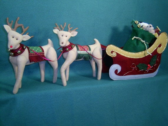 Mailed Cloth Doll Pattern Santa's Sleigh and Reindeer