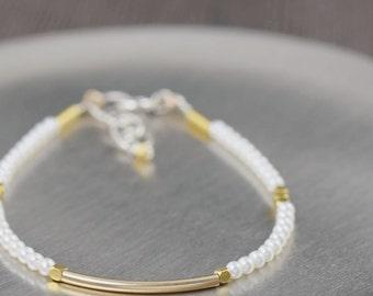 Valentine's Day gift White pearl bracelet freshwater pearl bracelet gold vermeil bracelet June Birthstone bracelet gifts for her