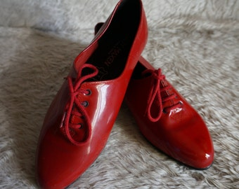 vintage 80s red patent flats oxford lace up shoes 39 1980