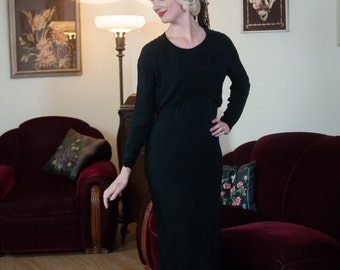 Vintage 1930s Dress - Sophisticated Black Silk Crepe de Chine 30s Gown with Ultra Deco Seams