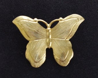Pretty Vintage Brushed Gold tone Butterfly Brooch, Pin (AG16)