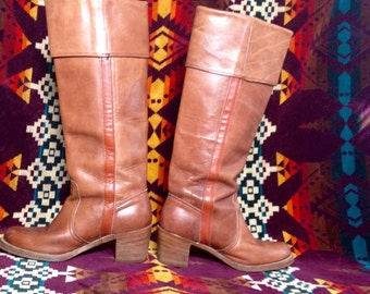 Vintage FRYE 70s Boho Knee High Tall Stacked Heel Leather Campus Boots - Women's size 7B