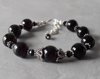 Black Pearl Bracelet Black Bridesmaid Jewelry Gift Classic Black Wedding Jewelry Antiqued Silver Beaded Bracelet Bridal Party Accessories