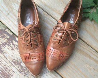 Vintage Leather 80s Oxfords size 7 1/2 // Euro Club leather shoes made in Brazil