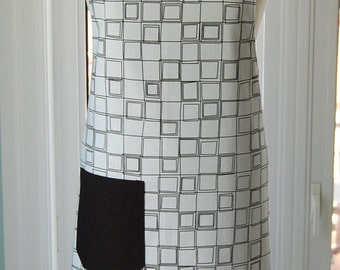 White Cubes Reversible Apron - fabulous large cotton print apron with side pocket and extra long ties