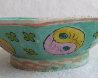 REDUCED Retro Asian Vintage Chinese Oriental Handpainted Octagonal Footed Rice Bowl
