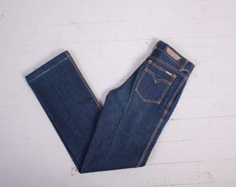 Vintage 70s High Waist JEANS / 1970s Dark Wash Blue Denim Boot Cut High Waisted Jeans XS