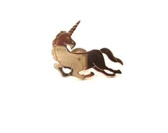 Avon Signed Mystical Gold Tone Metal Unicorn Vintage Brooch / Pin