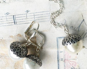 ACORN Necklace Silver Pearl Rustic Forest Woodland Necklace Autumn Wedding Sterling Silver