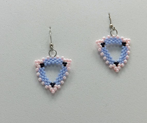 Light Blue and Soft Pink Peyote Stitch Beaded Earrings with a French earwire Sku: ER1022