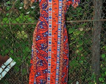CLEARANCE Vintage 1970s Boho Orange and Blue Patterned Maxi Dress S/M
