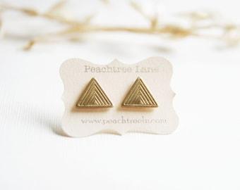 Geometric Brass Gold Color Earrings >> Art Deco Style Earrings Jewelry << Bridesmaid Jewelry << Triangle Earrings >> Bridal Jewelry