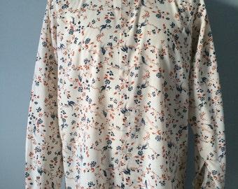 Unusual vintage 1970s novelty bird and vine print, cream, blue and orange 'Van Heusen' Men's shirt Large *MADE IN ENGLAND*