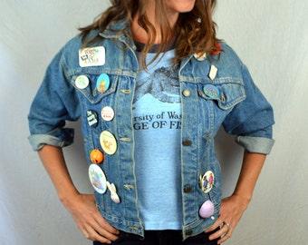 Vintage 80s Levis Denim Jacket - with Lots of Pinbacks Pins - Bunny, Jesus, Archie, Dove, Rainbow...