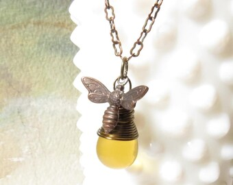 Small Bee Necklace, Everyday Necklace, Honey Bee Jewelry, Honey Bee necklace, Bee Necklace Gift, Wire Wrapped Antiqued Brass Pendant
