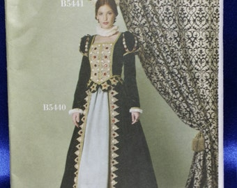 Sewing Pattern Butterick 4540 Elizabethan  2 Piece Gown Top & Skirt Making History Multi-Sized 14-20 Uncut Unused Costume Ships Free