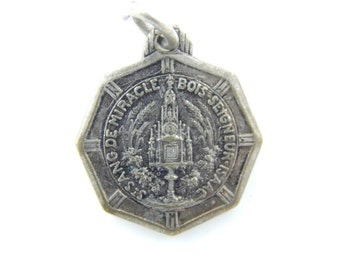 Vintage French Bois-Seigneur-Isaac Miracle of the Holy Blood Catholic Medal - Belgium Religious Charm - Catholic Jewelry W95