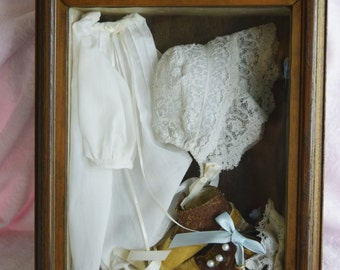 VICTORIAN SHADOWBOX BABY Girl Dress Hat Bonnet Shoes Ring Nosegay Floral Flowers Picture Photo Shadow Box Wood Glass Lace Doily Ribbon Box