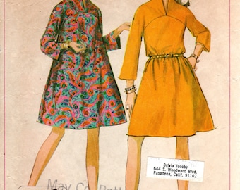 1960s Mod Tent Dress with Stand Up Collar - Vintage Pattern Simplicity 7387 - Bust 34 Jiffy Pattern