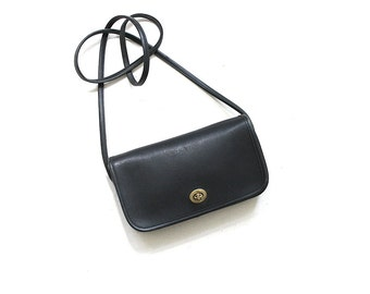 Vintage Coach Bag / Coach Dinky Bag / Black Leather Coach Purse / Mini Coach Bag