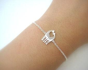 Twin Giraffe Bracelet, Baby Animal Bracelet, Gold Giraffe, Minimalist Jewelry, Birthday Gift, Everyday Wear