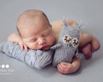 Newborn posing pillow, newborn posing props, newborn photo prop, newborn girl, newborn boy, newborn props, newborn posing, MINI pillow
