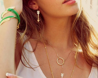 Arrow in a circle necklace, necklace, jewelry, urban, fashion