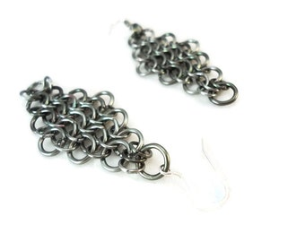 Grey Chainmaille Earrings Gunmetal Diamond 925 Silver Ear Wires, Gunmetal Grey Earrings Diamond Dangles, Aluminum Earrings Grey Chainmail