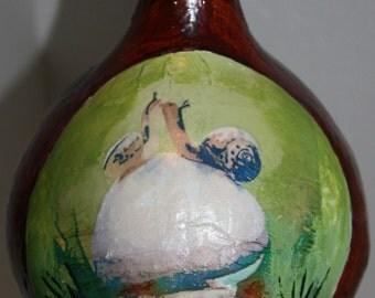 gourd bird feeder with snails kissing