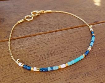 Turquoise Blue White Gold Minimalist Bracelet - Simple Seed Beaded Bracelet