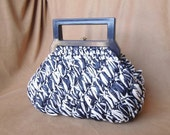 Vintage 60's Blue and White Handbag, Woven Raffia Purse with Lucite Top Handle, 50's, Rockabilly Style, Vegan Friendly, Blue, White