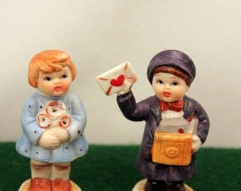 Miniature Hummel Style Figurines Boy and Girl Valentines Bisque Porcelain 2 inch