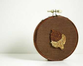 Acorn Punch Needle Embroidery Hoop Art.  Eco Friendly Home Decor. Woodland Theme - Forest. Brown Caramel Gold. 3 Inch Hoop.