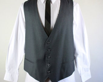 Mens Suit Vest. Wool Vest. Gray Pin Stripe Vest. Office Vest. Dress Vest. Vintage. Size Large. GOGOVINTAGE. FREE SHIPPING