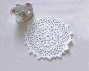 Small Crochet Doily, Farmhouse Decor, 6 Inch Lace Doily, White Table Accent, Petite Decoration, Cottage Chic Home Decor, Picot Edge, New