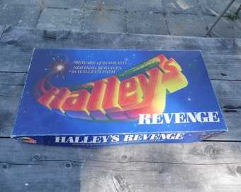 Halley's Revenge board game 1985 by Rainbow games for 2-4 players ages 8 to adult a race against Halley's comet engulfing the universe!