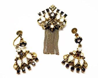 Garnet Red Brooch Earring Set - Mesh Chain Dangles Brooch - Dangling Screwback earrings - White Moon Glow - Vintage Demi Parure - 1950s 1960