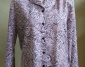 """Vintage 70's Judy Bond Long Sleeved Blouse Pale Pink Background Overlaid with White Floral Pattern Outlined in Black Bust 45"""" Waist 43"""""""