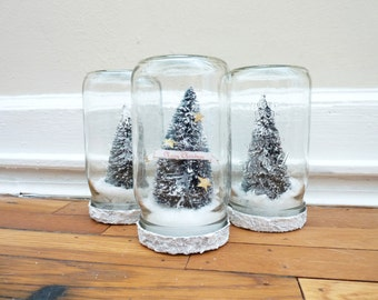Personalized Mason Jar Snow Globe, Quart-Sized, Single Christmas Tree