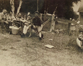 French Vintage Photo - A Rustic Picnic